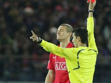 Nemanja Vidic is sent off