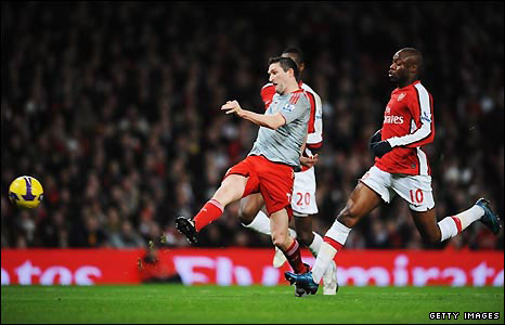 Robbie Keane equalised for Liverpool after Arsenal defended too high up the pitch