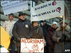 Latvian protesters on 18 December