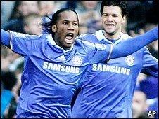 Didier Drogba (left)
