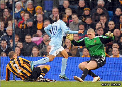 Manchester City v Hull: Robinho runs rings around Hull, scoring twice and having a say in two more