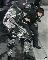 Арест албанцев