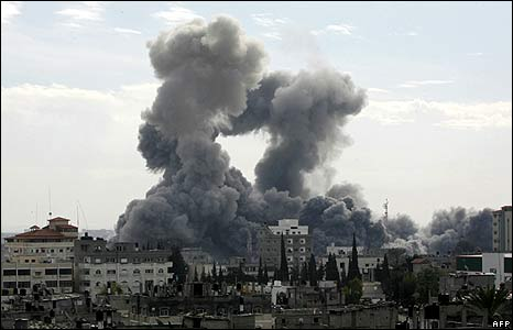 Smoke billows from the Gaza Strip following Israeli air strikes, as seen from the town of Rafah