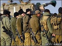 Soldados israel�es cerca de la frontera con Gaza