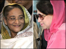 Sheikh Hasina (L) and Khaleda Zia cast ballots in Dhaka