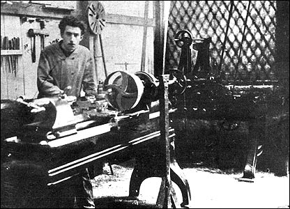 Louis Renault in his workshop in Billancourt