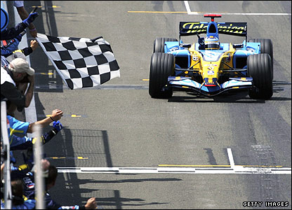 Fernando Alonso wins the 2006 British Grand Prix
