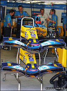 The front of Fernando Alonso's car prior to the 2006 Turkish Grand Prix