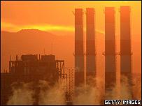 Estaci�n generadora de electricidad en California, EE.UU.