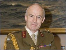 Lt Gen Louis Lillywhite
