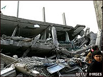 Casas destruidas en Jabalia durante el bombardeo israelí