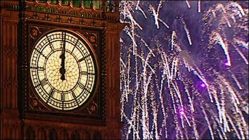 London welcomes 2009 with a