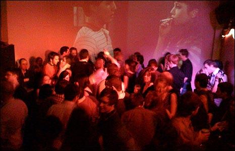 Crowd dancing [Pic: Rory O'Sullivan]