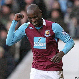 West Ham's Herita Ilunga celebrates giving West Ham the lead