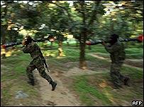 Miembros de las Brigadas ihs al-Din Qassam entrenando en la ciudad de Gaza.