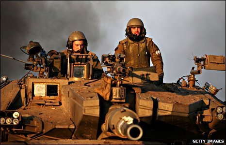 Israeli troops in a tank heading for the Gaza Strip, 5 January 2009