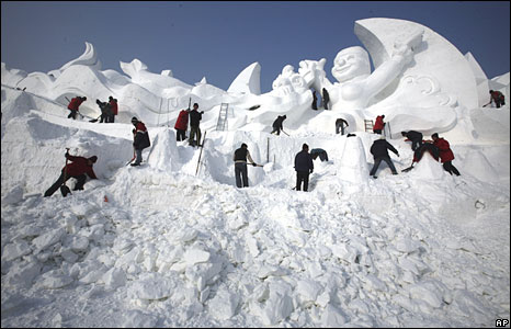 Snow sculpture at the snow festival in Harbin, north-eastern China, 5 January 2008