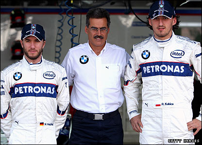 Nick Heidfeld, BMW team boss Mario Theissen and Robert Kubica