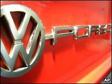 Badge on a VW-Porsche 914