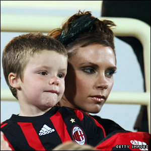 Cruz and Victoria Beckham