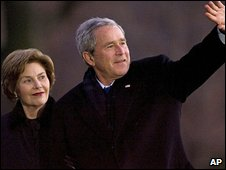 President Bush and First Lady Bush returning to the White House on 1 January after the holiday
