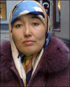 Kauser, Adel Hakimjan's sister