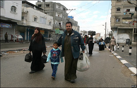 Residents of Rafah leave the town