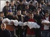 ثلاثة اطفال قتلى  من عائلة السموني