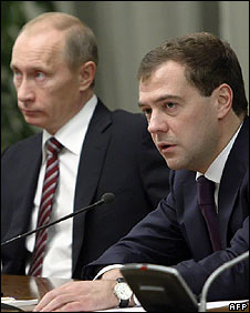 Prime Minister Vladimir Putin (L) and President Dmitry Medvedev (R)
