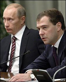 Prime Minister Vladimir Putin (L) and President Dmitry Medvedev (R)