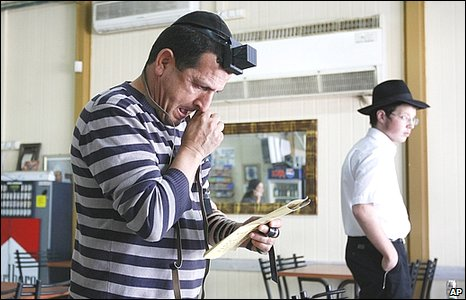 Israeli man recites prayers in Sderot, Israel