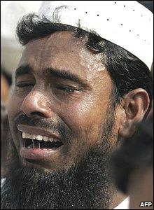 A Bangladeshi Muslim at the national mosque, in Dhaka.