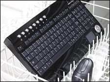 Seal shield keyboard in dishwasher