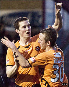 Jon Daly celebrates his goal at Ochilview