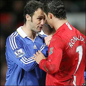 Carvalho and Ronaldo tussle