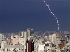 Lightning strike in Sao Paulo in 2005