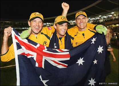 Matthew Hayden celebrates Australia's 2007 World Cup win with Ricky Ponting and Adam Gilchrist