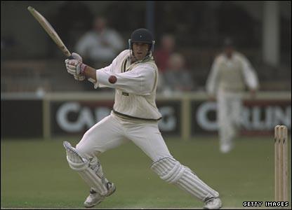 Matthew Hayden in action for Hampshire