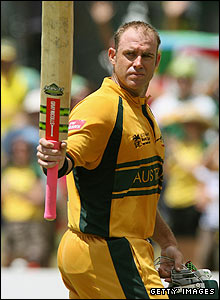 Mathew Hayden reaches his century