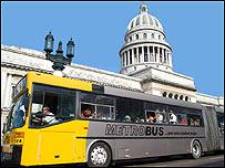 Autobús en Cuba / Foto: Raquel Pérez