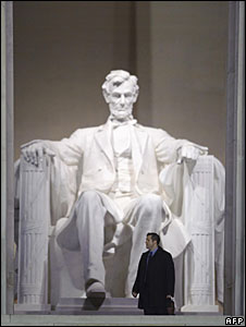 A US Secret Service agent stands in front of the statue of Abraham Lincoln at the Lincoln Memorial, Washington DC