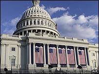 Capitolio en Washington engalanado para juramentación presidencial