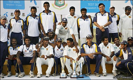 Sri Lanka celebrate after winning their Test series against Bangladesh