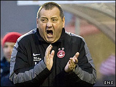 Aberdeen manager Jimmy Calderwood