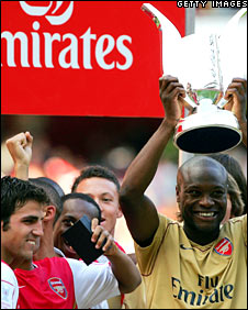 William Gallas in an Emirates-sponsored Arsenal shirt