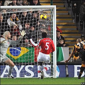 Manuel Almunia, Kolo Toure, Arsenal; Daniel Cousin, Hull City