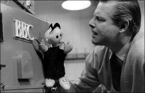 Tony Hart on Blue Peter in 1962