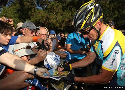 He eventually comes home in 64th place, but his autograph remains in demand