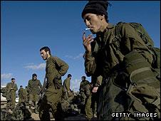 Israeli soldiers leaving Gaza