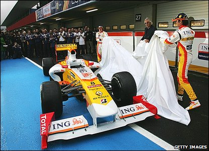 Renault unveil their 2009 car